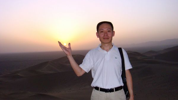 总务处主任   赵恒波